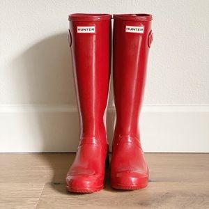 Hunter Women's Red Shiny Tall Rain Boots Size 6 7